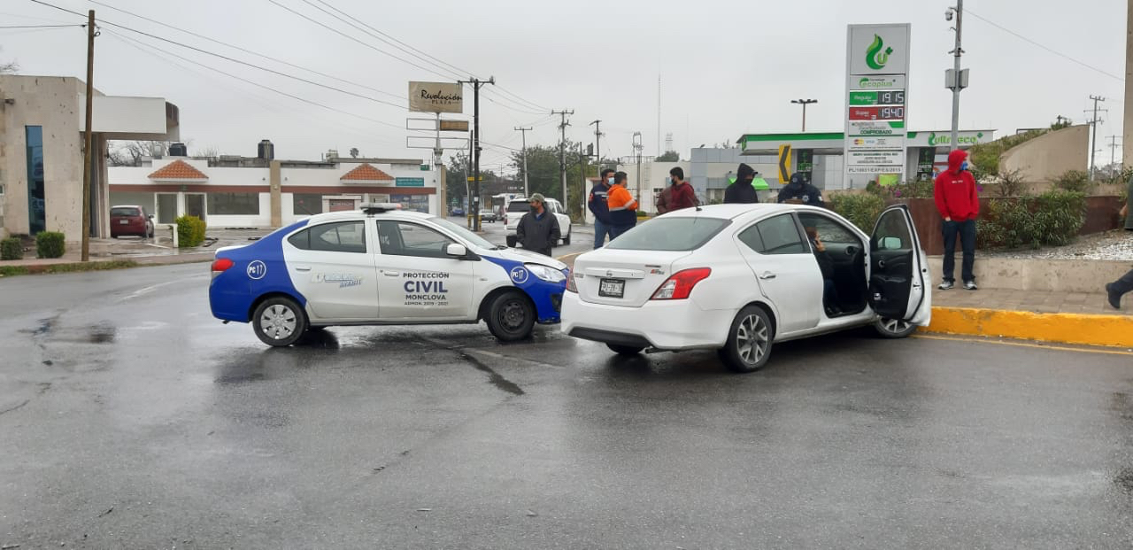 Omite alto y causa accidente en Monclova