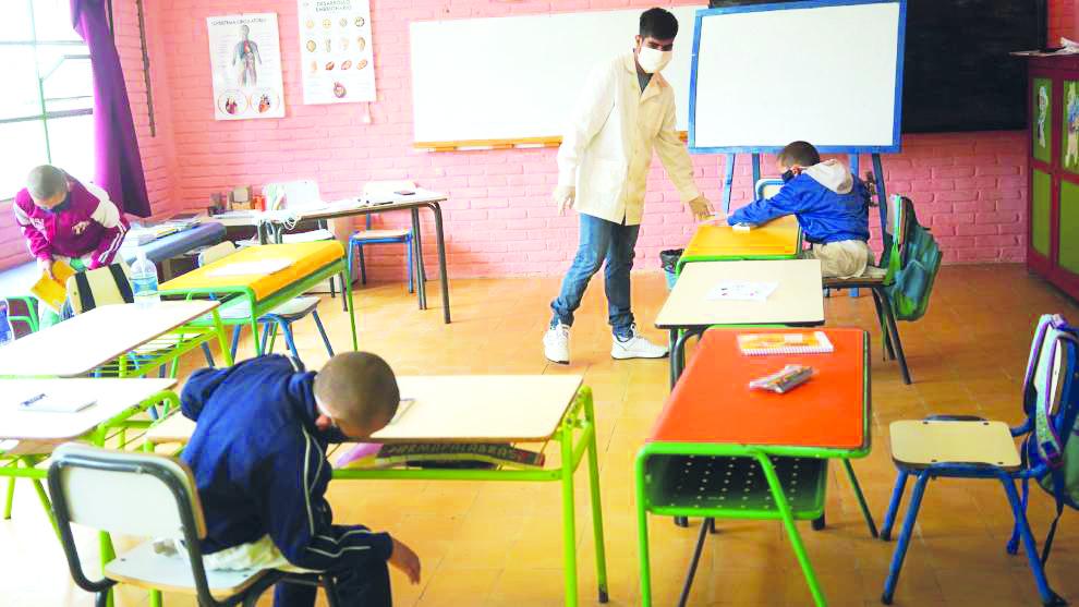 Suspenderán las clases en Coahuila ante cualquier brote en zona rural