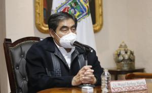 Barbosa pide a CFE tomar previsiones para evitar apagones