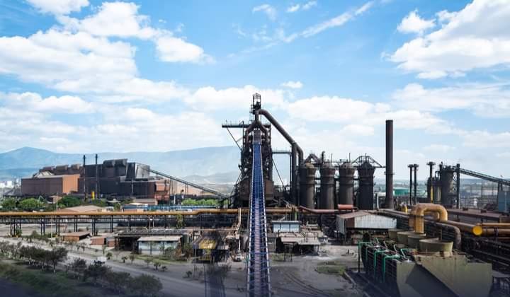 Detiene AHMSA su producción por falta de energía eléctrica