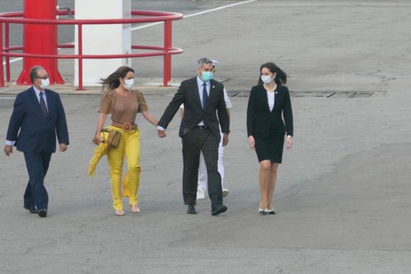 Abdo Benítez llega a Uruguay para reunirse con Lacalle Pou en Punta del Este