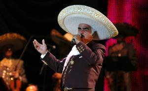 Vicente Fernández: Cumple 81 años siendo el rey
