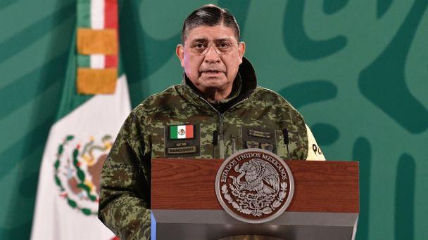 Luis Cresencio Sandoval, secretario de Defensa, da positivo a Covid