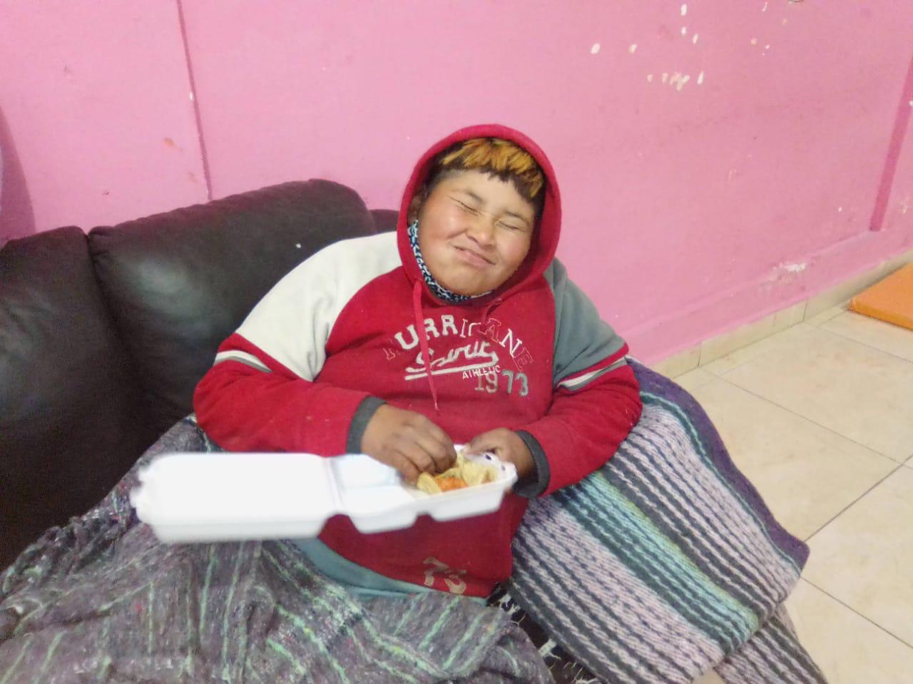 Por el frío refugian a 2 en albergue municipal