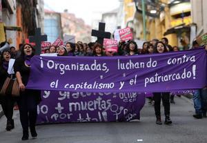 Medio centenar de personas protestan contra violencia machista en Honduras
