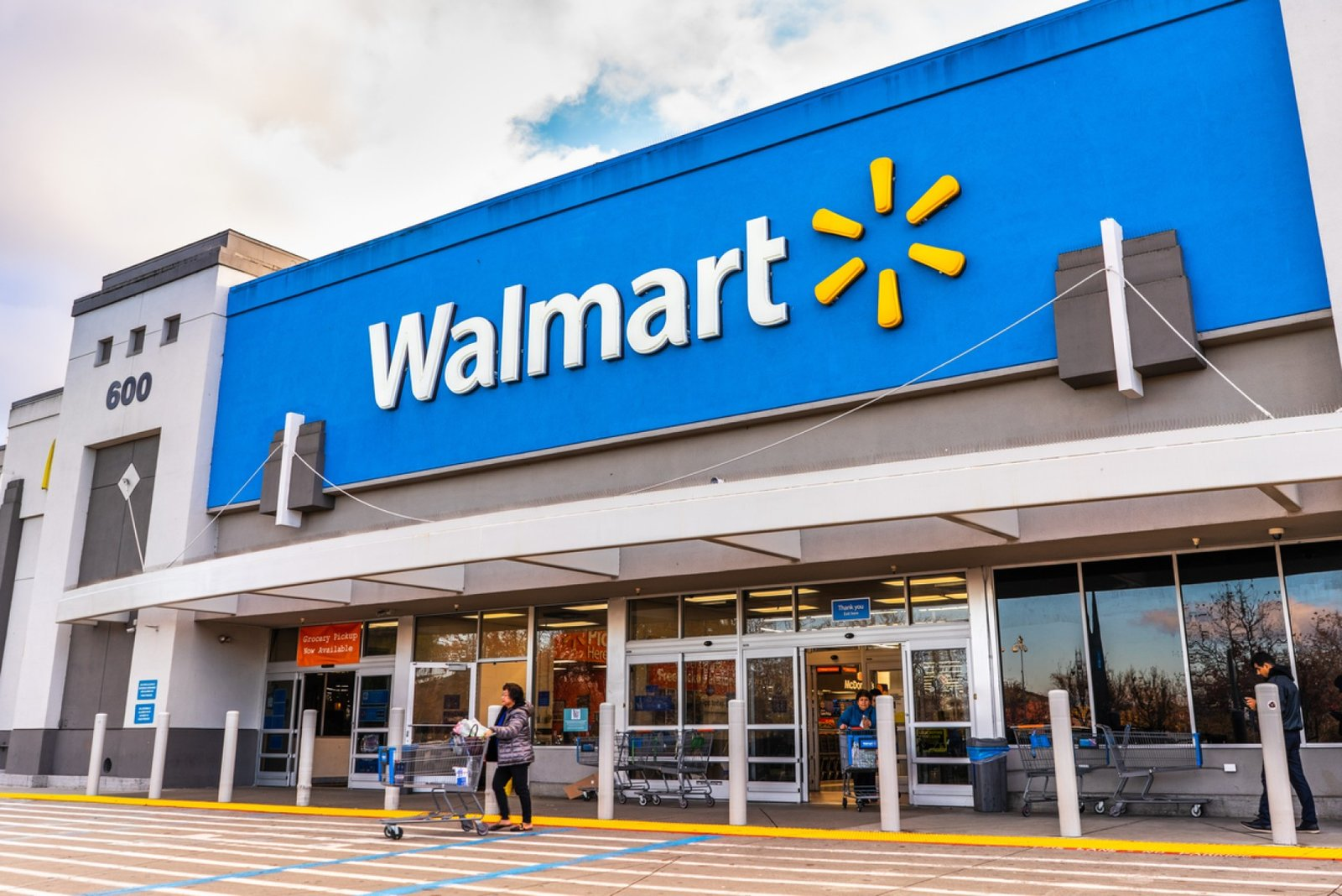 Walmart: Desembolsará 22 mil 200 mdp este año en logística y apertura