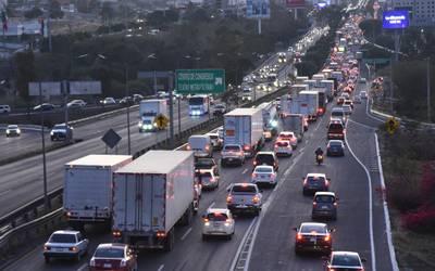 Abren de nuevo registro para vehículos de carga pesada en Querétaro