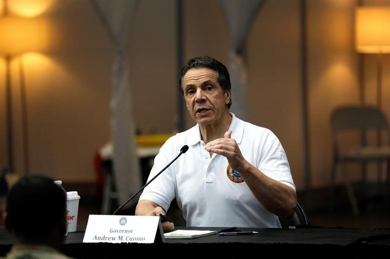 Ocasio se posiciona contra gobernador de Nueva York en crisis de geriátricos