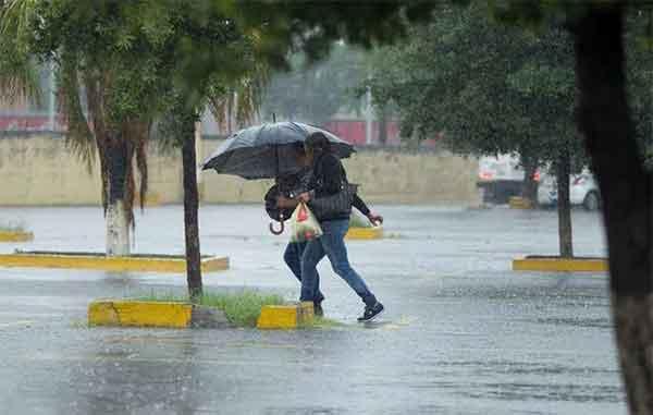 Frente frío 36 deja lluvias, inundaciones y 'apagones' en Yucatán