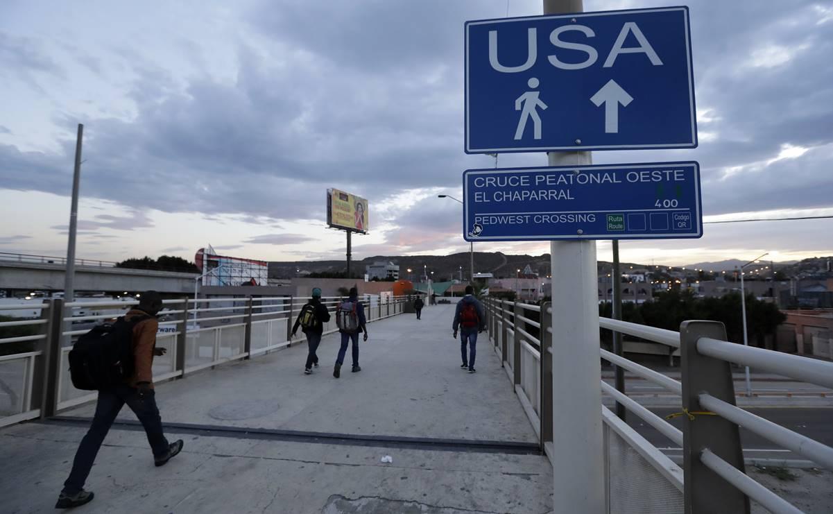 Estados Unidos extiende el cierre de fronteras con México y Canadá