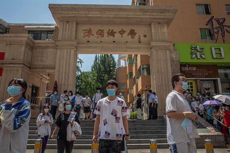 China suma 7 nuevos casos de coronavirus, todos llegados del exterior