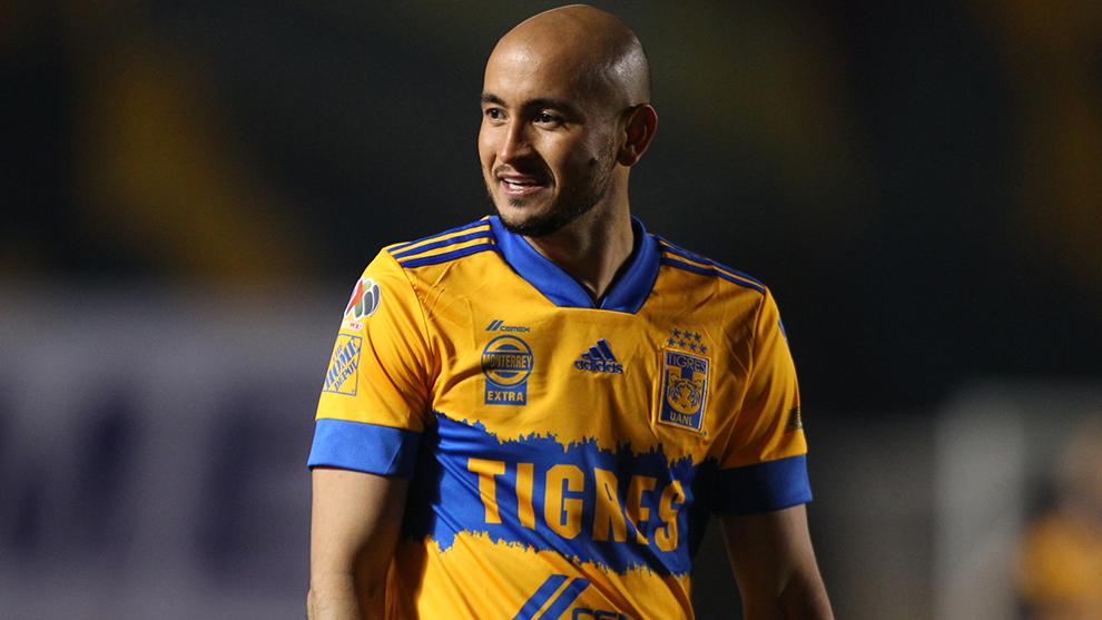 Carlos González: Es baja de Tigres, por lesión