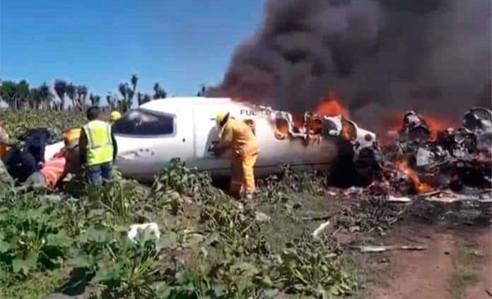 VIDEO: Se estrella avioneta en Veracruz; 7 muertos