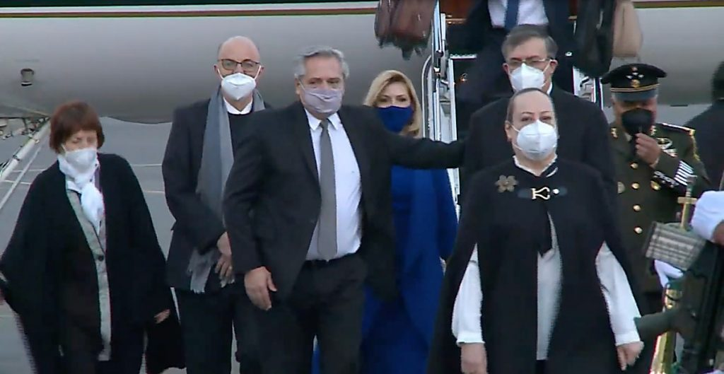 Presidente de Argentina llega a México para reforzar diplomacia y economía