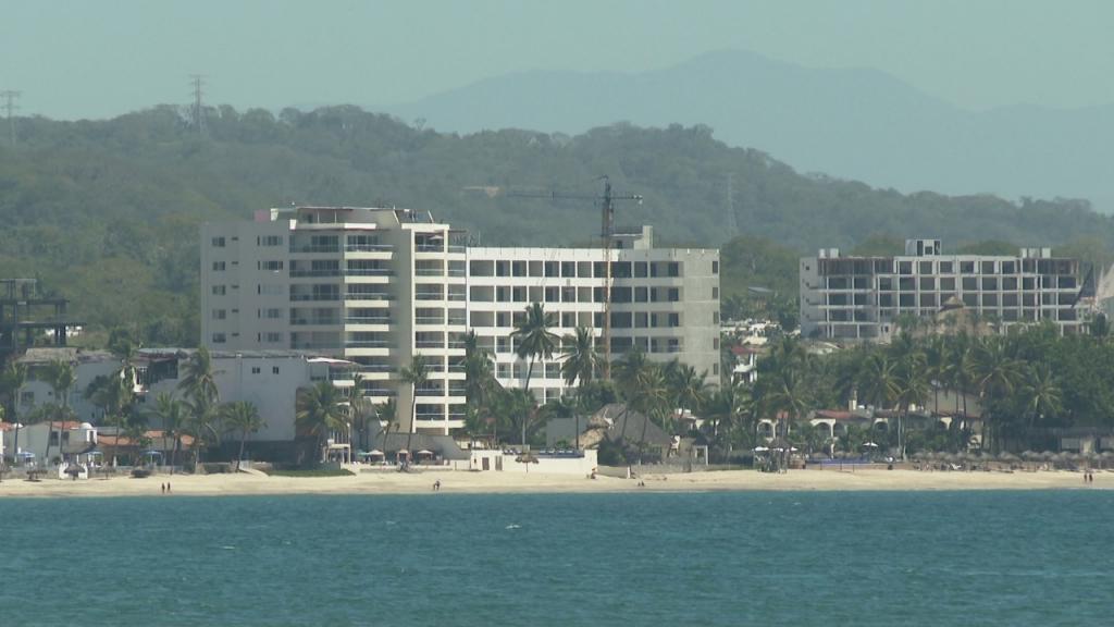 Sertur: Cae inversión extranjera turística por tercer año consecutivo