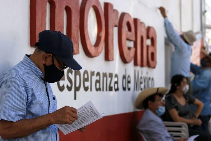 Amagan militantes  de Morena desertar  e irse a otro partido