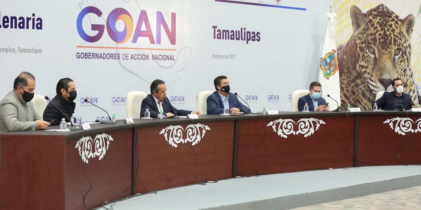 Gobernadores del PAN aceptan acuerdo por la democracia de AMLO