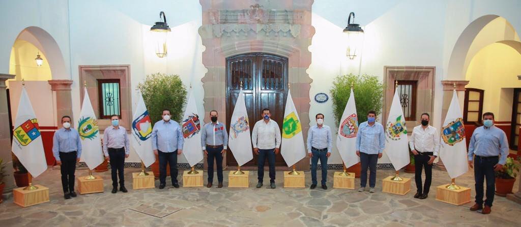 Gobernadores panistas aceptan acuerdo por la democracia de AMLO