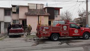 Se incendia casa en Praderas