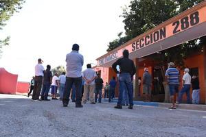 Obreros de la 288 firman su solicitud de retiro de AHMSA