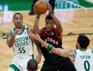 Celtics ligan su cuarto triunfo