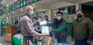 Entregan 31 mil libros a nueve Planteles Conalep del Estado