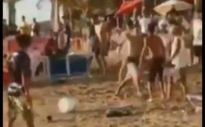 VIDEO: Aficionados de Chivas hacen destrozos en playas de Mazatlán