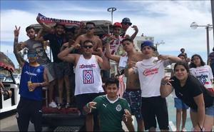 Aficionado se escapa de su trabajo en Guadalajara para ir a Mazatlán