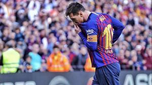 El Barcelona agita el derbi