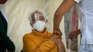 Inicia vacunación de adultos mayores contra Covid en Ciudad Valles