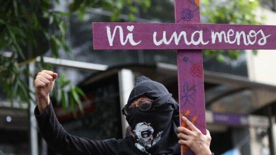 Feministas de Morelia exigen en el 8M un alto a la violencia