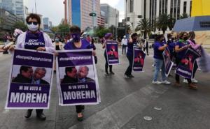 'Presidente, rompa el pacto', exigen mujeres a AMLO en marcha del 8M