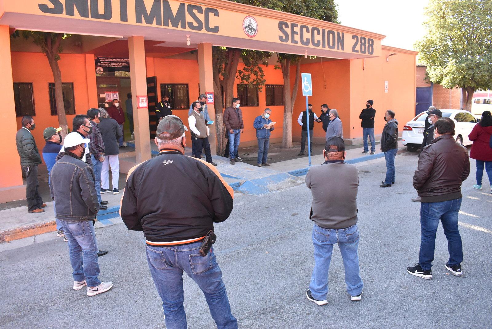 Adelanta Altos Hornos retiro de los obreros en resguardo en Monclova