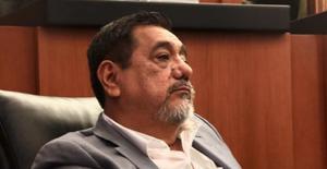 Félix Salgado y muralla acaparan el repudio