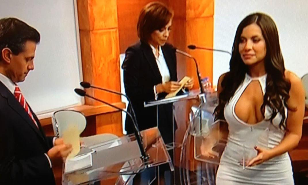 AMLO: Recuerda a modelo del debate presidencial de 2012