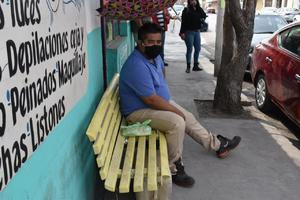 Taxi de Monclova le aplasta los pies