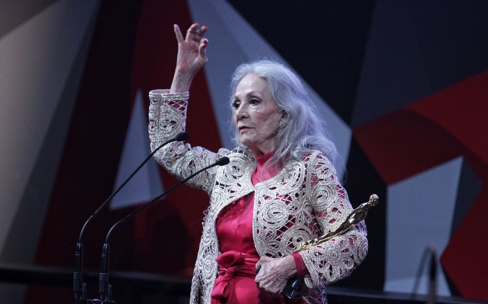 Muere la actriz mexicana Isela Vega