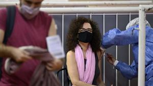 Bolsonaro se dice ejemplo en tratamiento de pandemia