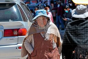 Bolivia acumula 256,462 casos de covid tras un año de sus primeros contagios