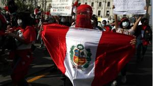 Pequeños grupos de manifestantes mantienen las protestas contra Abdo Benítez