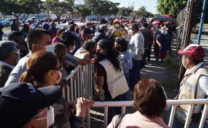 Vacunación contra Covid-19 en Oaxaca es un desastre: Murat