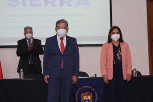 Rinde protesta la directorade Psicología de la UAdeC de Monclova