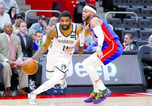 Hornets  superan  a Pistons de detroit