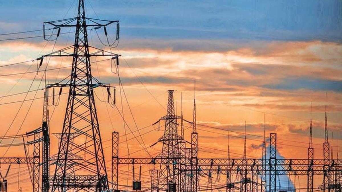 Pide AMLO indagar a jueces por suspender su Reforma Eléctrica