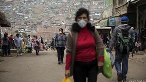 Perú supera 1.4 millones de casos y Lima pasa de nivel 'extremo' a 'muy alto'