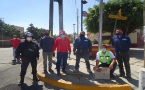 Colocan ciudadanos tapas en alcantarillas de Oaxaca