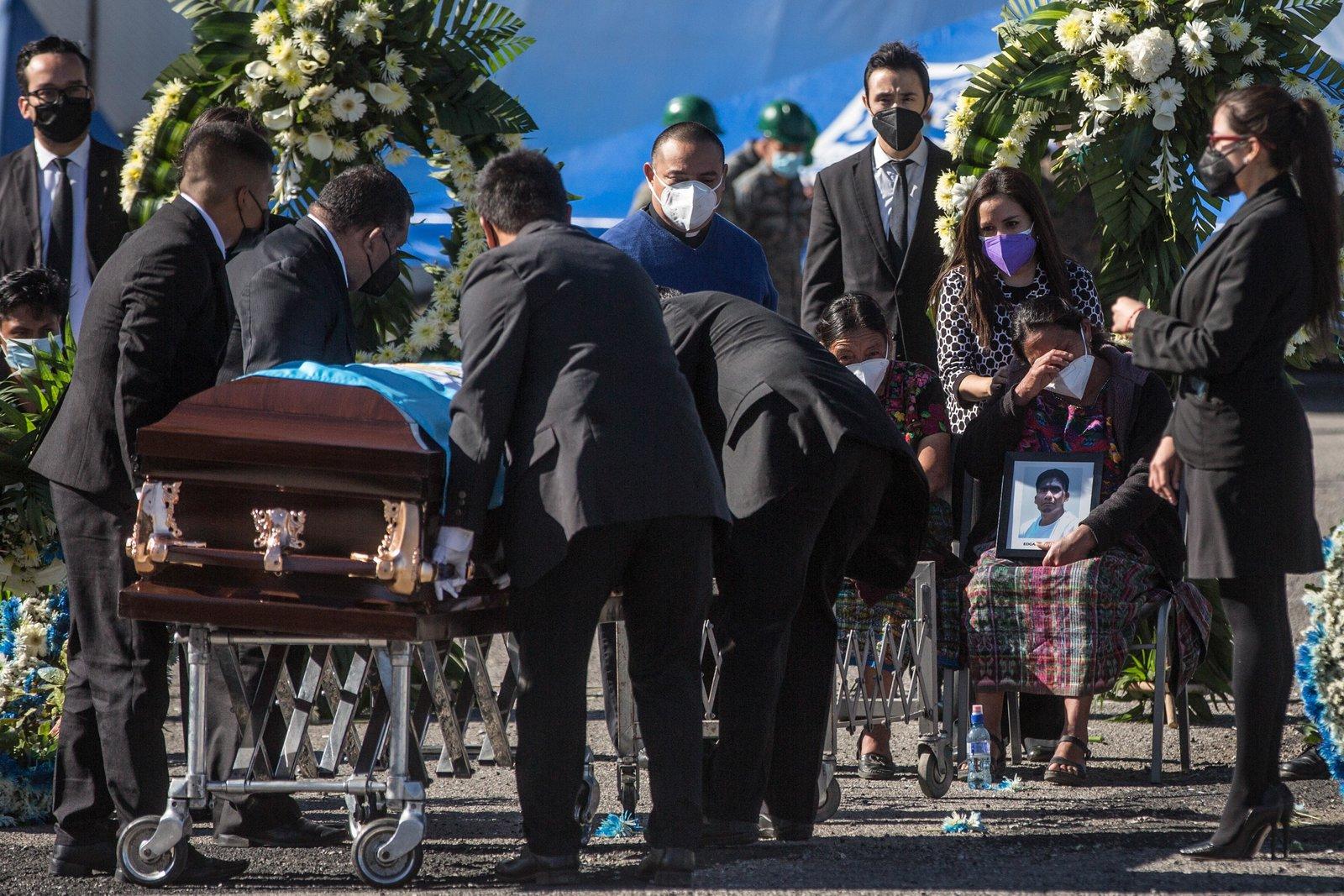 Familiares de migrante asesinado en Camargo piden justicia a AMLO