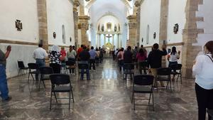 Critica la iglesia vida social sin uso del cubrebocas en Monclova