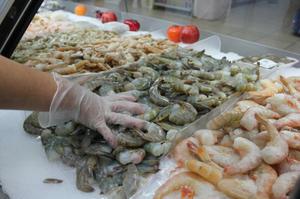 Vigila Salud ventade alimentos de mar a intemperie