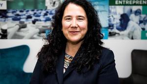 Senado de EU confirma a Isabel Guzmán, única latina del gabinete de Biden